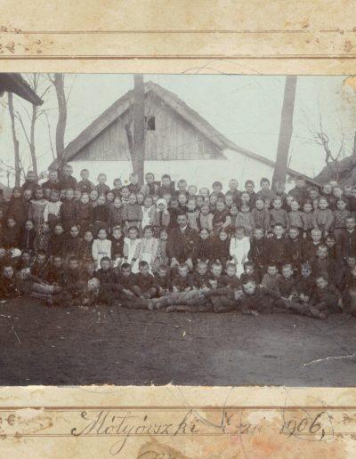 Vasárnap iskola tanulói 1906