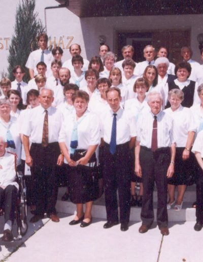 1999 Az énekkar