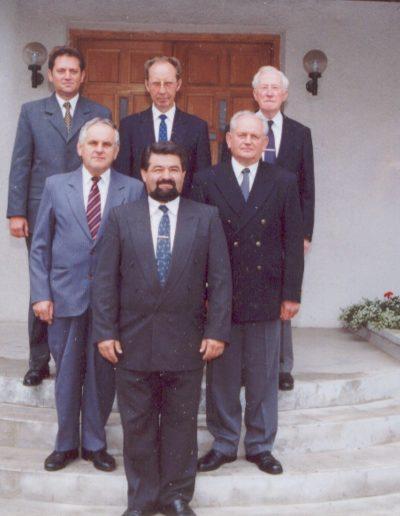 2001 Gyülekezet vezetősége