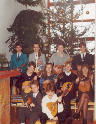 2001. Január Mandolin zenekar