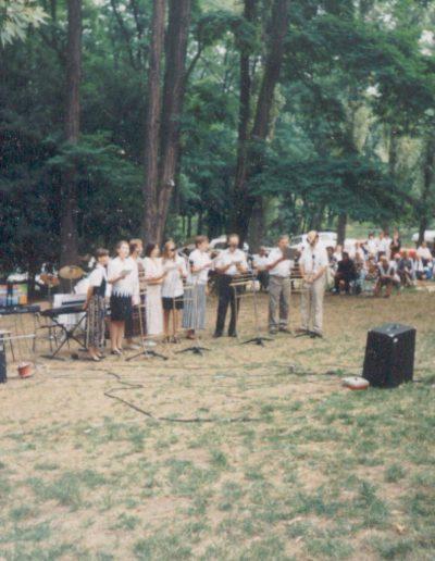 Énekegyüttes szolgálata Tahiban 1996