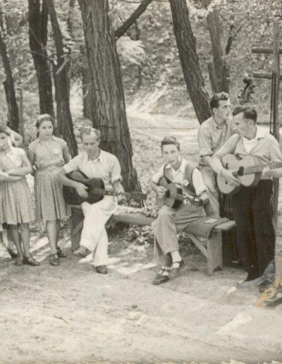 1954 Tahi tábor gyülekezet fiataljai
