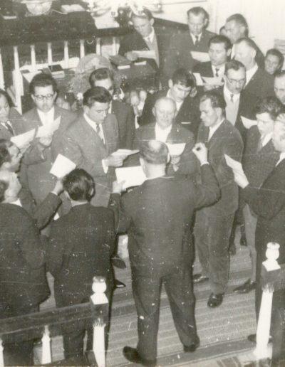1965 Férfikar énekel a hálaadó ünnepélyen